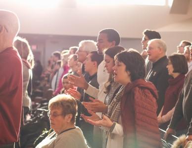 Descubra o papel dos leigos na vida da Igreja